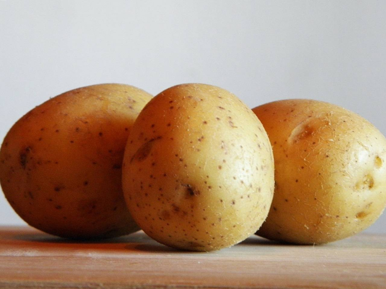 Лучшие ранние сорта картофеля: описание, фото и отзывы для разных регионов