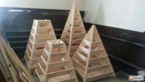 Вертикальные грядки для клубники своими руками - лучшие идеи как построить грядки правильно (120 фото)