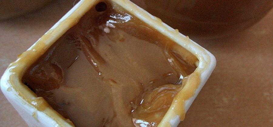 О быстром засахаривании натурального меда: через какое время засахаривается мед