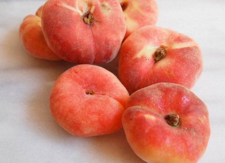 Инжирный персик «сатурн» (плоский) описание сорта, фото, отзывы садоводов