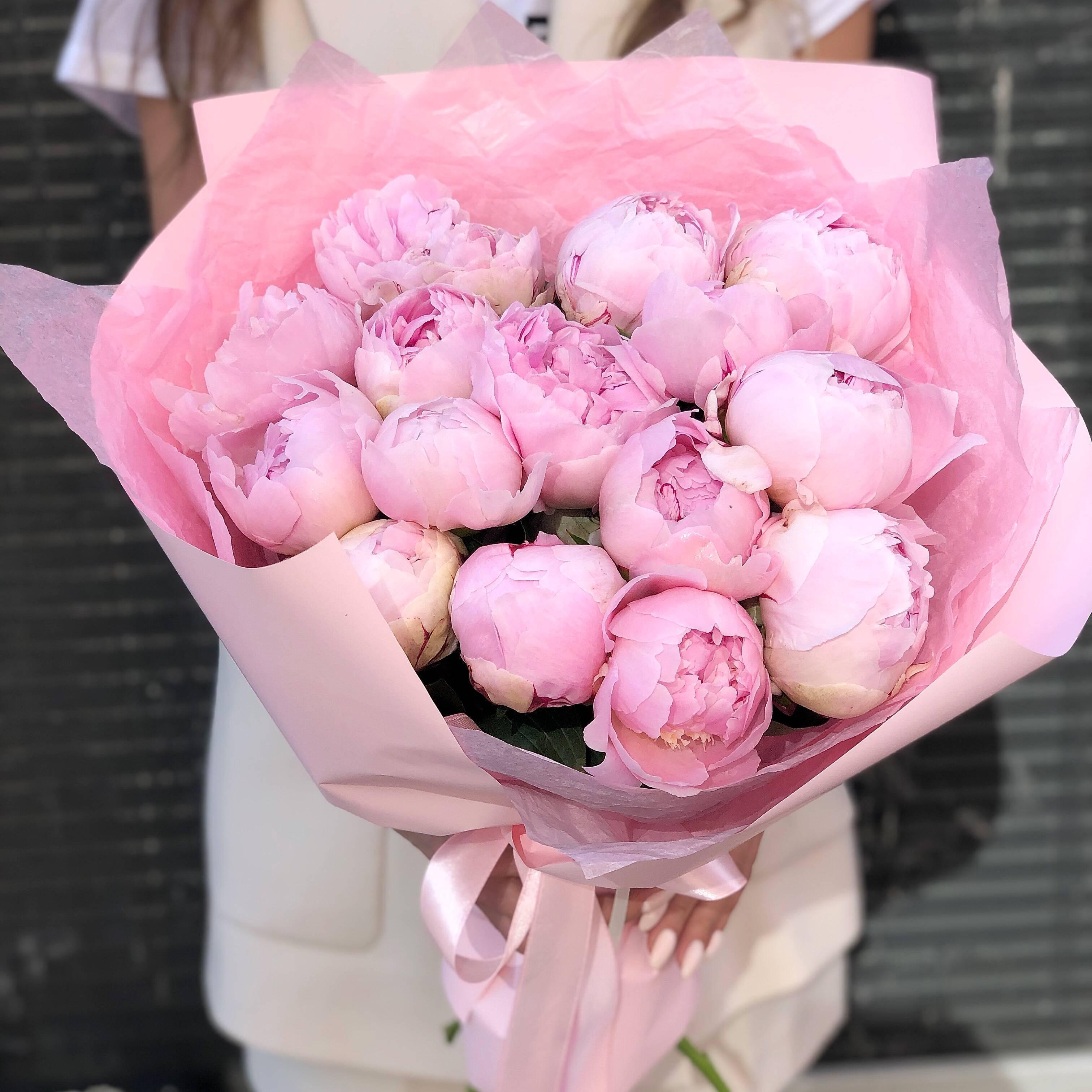 Виды чайно-гибридных и пионовидных роз