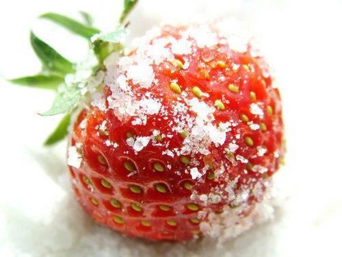 Как уберечь клубнику от заморозков — лучшие способы как правильно укрыть клубнику от возвратных заморозков (120 фото)