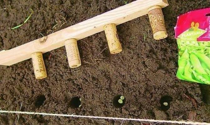 Изготовление приспособлений для посадки и прополки картофеля своими руками