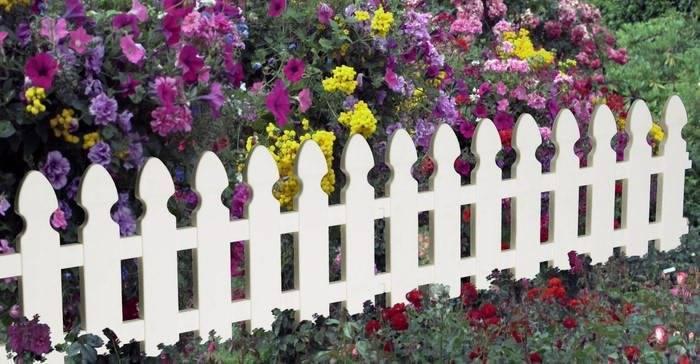 Декоративный забор — обзор эксклюзивных вариантов на фото. пошаговая инструкция по созданию практичного и функционального заборчика