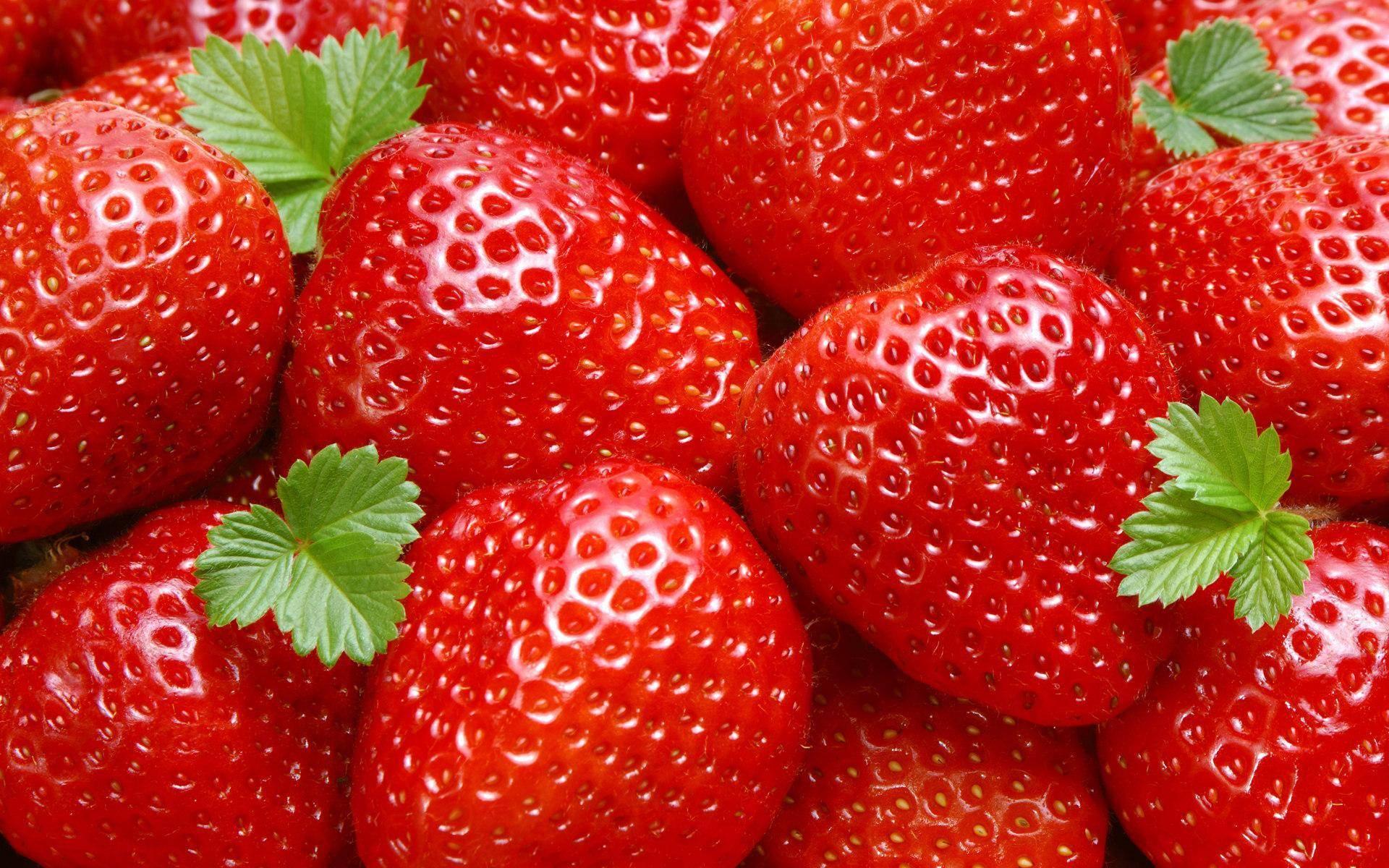 """""""клубника: полезные свойства и противопоказания ароматной ягоды"""""""