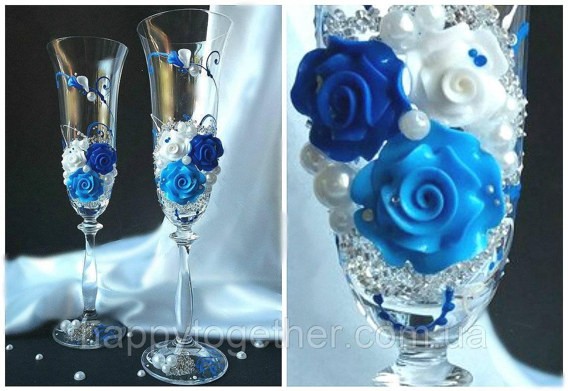 Синяя роза: что означает этот цветок?