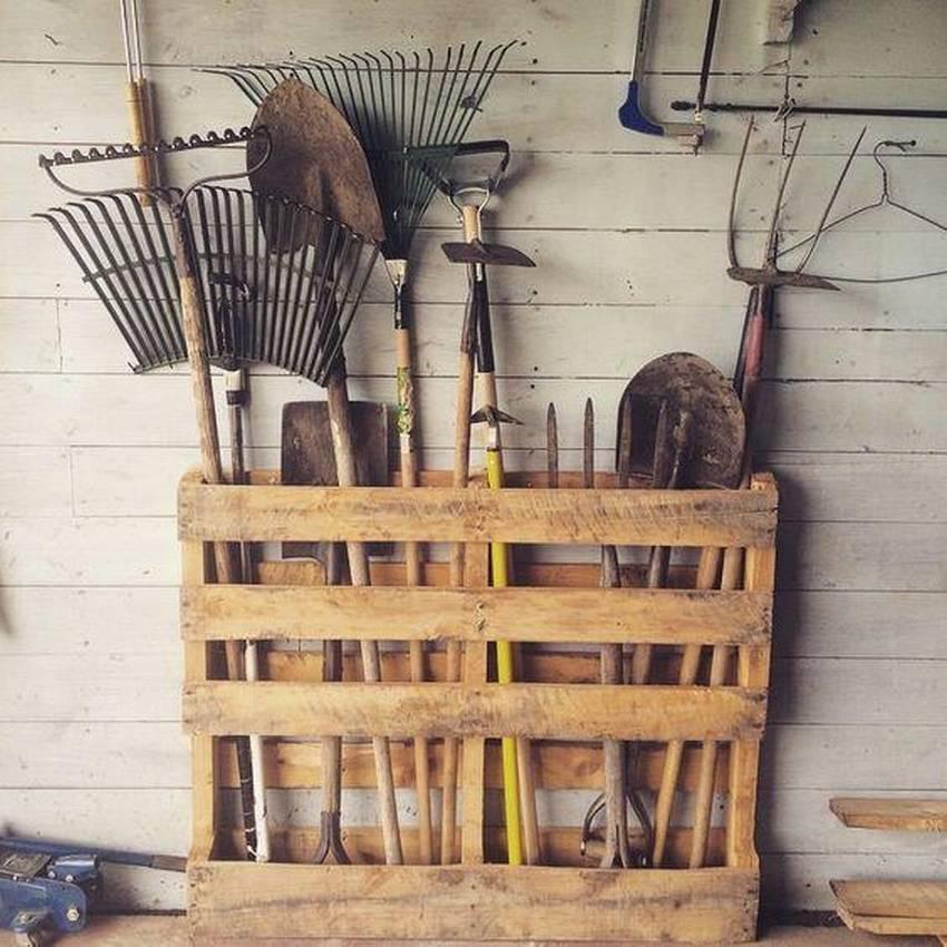 Хранение инструментов на даче: системы, контейнеры, уход, своими руками