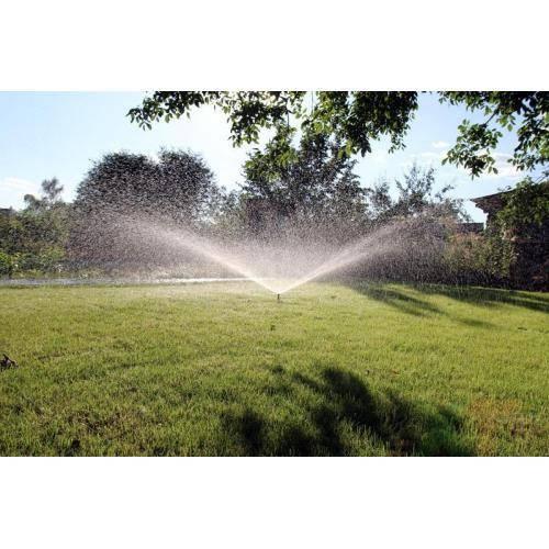 Разбрызгиватель для полива газона и огорода. обзор моделей, виды оросителей и советы по выбору